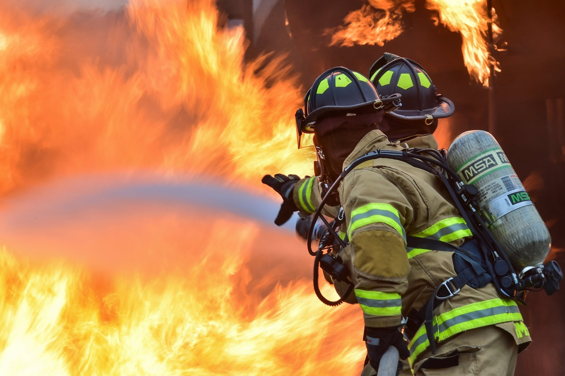 Rockford, IL- One Injured In Fire At Llanitos Auto Repair
