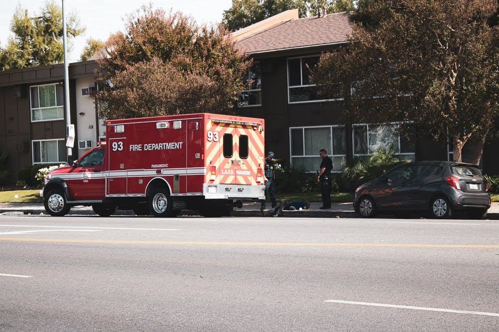Rockford, IL - Pedestrian Hit And Injured At W State St & N Johnston Ave